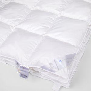 Теплое пуховое одеяло Verse...