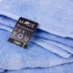 Однотонное махровое полотенце голубого цвета Cawo NOBLESSE 2 (1002-188)