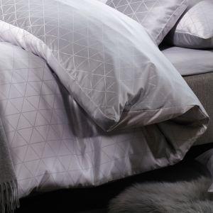 Jove (2541-1808) - светло-серое полуторное  постельное белье  Curt Bauer, Германия